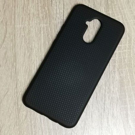 Husa din silicon pentru Huawei Mate 20 Lite cu perforatii si interior din microfibra la pret imbatabile de 47,00LEI , intra pe PrimeShop.ro.ro si convinge-te singur
