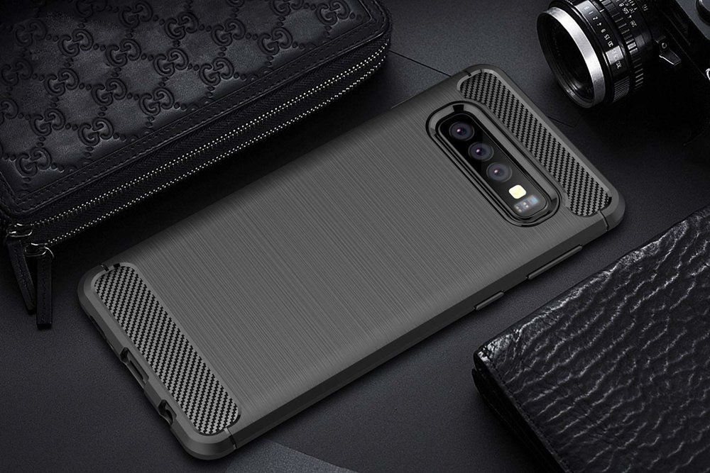 husa-tpu-carbon-fibre-samsung-galaxy-s10-plus-black-5