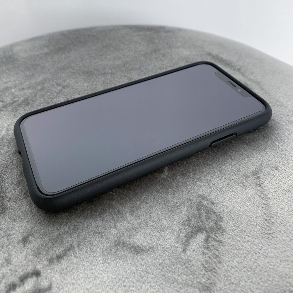 PrimeShop.ro - HOFI GLAS HIBRID HIBRID IPHONE 11 NEGRU